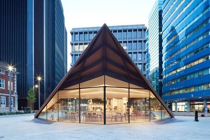Dossier de presse | 2317-03 - Communiqué de presse | Make Unveils New Monocoque Pavilion for City of London - Make Architects - Commercial Architecture - Portsoken Pavilion by Make Architects. - Crédit photo : Make Architects