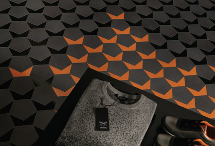 Press kit | 2506-05 - Press release | « Form Follows Fun » : jeunes architectes et designers deviennent inventifs avec la céramique - AGROB BUCHTAL et AIT-Dialog - Concours - RE:Tiled'Andreas Crynen, Ingenhoven Architects, DE-Dusseldorf - Photo credit: Jochen Stüber, Hamburg