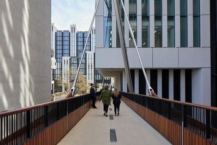 Press kit | 2317-04 - Press release | London Wall Place:Building on history - Make Architects - Commercial Architecture - The walkways include four bridges  - Photo credit: Make Architects