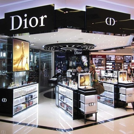 Press kit | 3294-01 - Press release | Meet BIRKA the Leading Retail Architect to the World's Luxury Brands - BIRKA - Commercial Interior Design - Photo credit: BIRKA For Dior