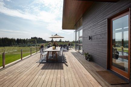 Press kit | 3300-01 - Press release | Stouffville Residence - A Contemporary Family Farmhouse - Trevor McIvor Architect Inc - Residential Architecture - Photo credit: Maciek Linowski