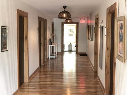 Dossier de presse | 3385-01 - Communiqué de presse | Discover Boho Dunham - KABIN inc. - Commercial Interior Design -   Lounge & Common Spaces   - Crédit photo : KABIN
