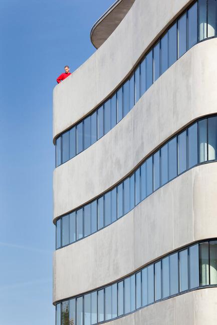 Dossier de presse | 1040-02 - Communiqué de presse | Aalta - Martin Duplantier Architectes - Commercial Architecture - Crédit photo : Arthur Péquin