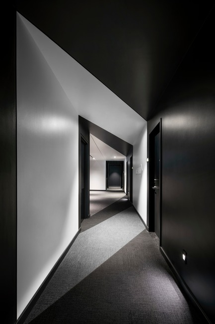 Dossier de presse | 1317-05 - Communiqué de presse | Hôtel Monville: An 'Heir' of Sophistication - ACDF Architecture - Commercial Architecture - Crédit photo : Adrien Williams