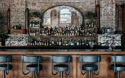 Dossier de presse | 2887-04 - Communiqué de presse | Stanton&Co - Alexander &CO. - Design d'intérieur commercial - Bar - Crédit photo : Felix Forest