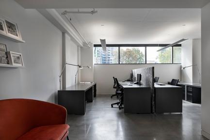 Press kit | 625-18 - Press release | Desjardins Bherer Office - Desjardins Bherer - Commercial Interior Design - Entrance - Photo credit: Adrien Williams