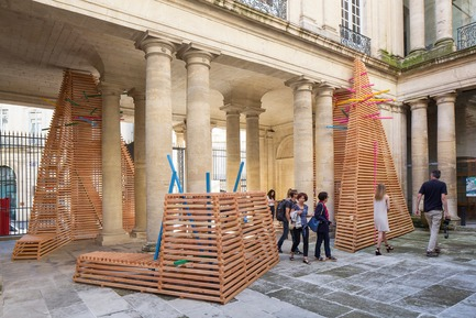 Press kit | 982-42 - Press release | Prisme - ATELIER VECTEUR + Karole Biron + Jose Luis Torres - Event + Exhibition -  Prisme - ATELIER VECTEUR, KAROLE BIRON ET JOSE LUIS TORRES - Photo credit: Photoarchitecture - Festival des Architectures Vives