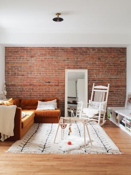 Dossier de presse | 2370-01 - Communiqué de presse | Hutchison Flat - Atelier SUWA - Residential Architecture - Living room - Crédit photo : Élène Levasseur