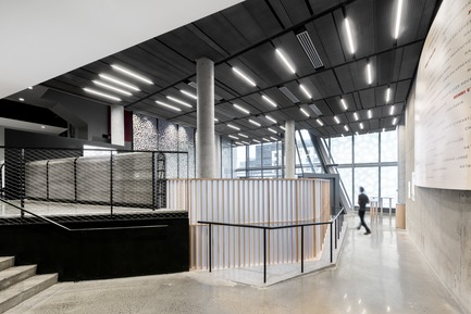 Press kit | 675-13 - Press release | L'Édifice Wilder – Espace Danse obtient la certification LEED NC, niveau argent - Ædifica - Architecture institutionnelle - L'Édifice Wilder – Espace Danse <br>CONSORTIUM : Lapointe Magne + Ædifica - Photo credit: David Boyer