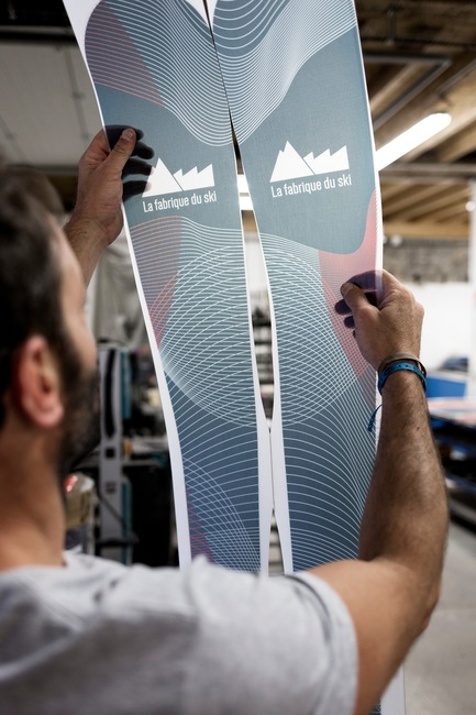 Press kit | 1119-04 - Press release | A Revolutionary Ski Brand, 100% Imagined and Made in France - La Fabrique du Ski - Product - Sublimated topsheet - Photo credit: Thomas Lang
