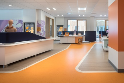 Dossier de presse | 3665-01 - Communiqué de presse | PrestigiousiF DESIGN AWARD 2019 for Experience Design OfficeMMEK' - MMEK' - Design d'intérieur commercial - Science & Discovery Centre – Children are always eager to learn. Even when they are seriously ill. Moreover, incentives to learn can distract their attention from their illness and improve their quality of life. In the Princess Máxima Centre, the Science & Discovery Centre focuses explicitly on that eagerness to learn. - Crédit photo : Ewout Huibers