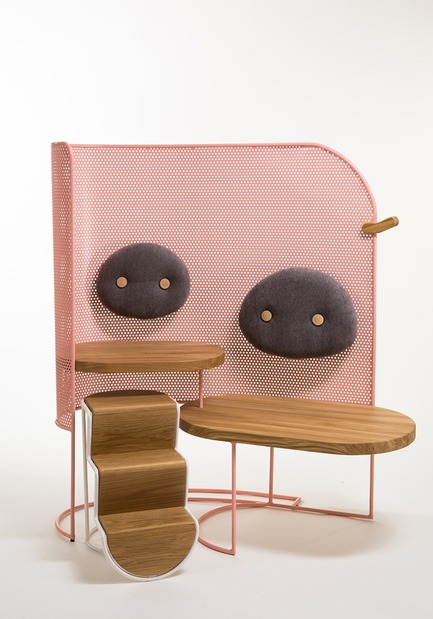 Dossier de presse | 2704-04 - Communiqué de presse | Pure Talents Contest 2019: 26 Forward-Looking Product Ideas at imm cologne and LivingKitchen - imm cologne 2019, Koelnmesse GmbH - Residential Interior Design - Everything will be fine: with Piggo, her modular seating furniture made of metal, wood and textiles, Mor Dagan aims to make the often long waiting times at children's hospitals more enjoyable for both the little ones and their parents by providing them with a protected space for closeness and interaction. - Crédit photo : Mor Dagan; Koelnmesse