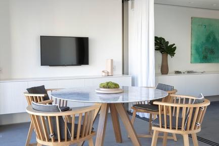 Dossier de presse | 3039-02 - Communiqué de presse | RBI Apartment - Coletivo Arquitetos - Design d'intérieur résidentiel - Terrace - Crédit photo : Ruy Teixeira