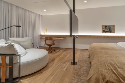 Press kit | 3039-02 - Press release | RBI Apartment - Coletivo Arquitetos - Residential Interior Design - Master Bedroom - Photo credit: Ruy Teixeira