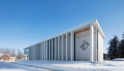 Press kit | 1172-07 - Press release | Rigaud City Hall - Affleck de la Riva architects - Institutional Architecture - Rigaud City Hall - A Nordic Stoa - Photo credit: Adrien Williams