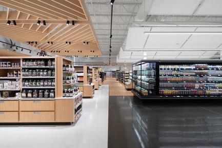 Press kit | 673-21 - Press release | 12th GRANDS PRIX DU DESIGN Awards Winners Announced - Agence PID - Competition - Prix espace commercial de plus de 5 400 pi2	<br>Avril supermarché santé – Centre Laval	<br>Ædifica en collaboration avec CS Design - Photo credit: Olivier Blouin<br>