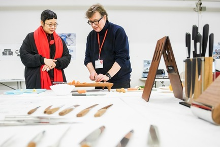 Press kit | 1696-23 - Press release | Last Chance for Designers and Companies - Register for the Red Dot Award: Product Design Before 1 February - Red Dot Design Award - Competition - The experts test the knives<br> - Photo credit: Red Dot<br>