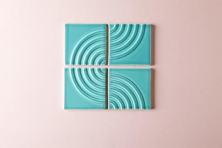 Dossier de presse | 3895-01 - Communiqué de presse | Signal Tile - Kristine Morich X Clayhaus Modern Tile - Produit -  Signal Tile | Kristine Morich X Clayhaus Modern Tile | Radius Pattern02 - Crédit photo : Ian Stout