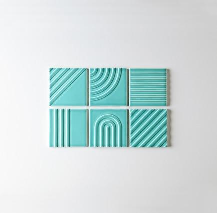 Dossier de presse | 3895-01 - Communiqué de presse | Signal Tile - Kristine Morich X Clayhaus Modern Tile - Produit -  Signal Tile | Kristine Morich X Clayhaus Modern Tile | Collection Overview - Crédit photo : Ian Stout