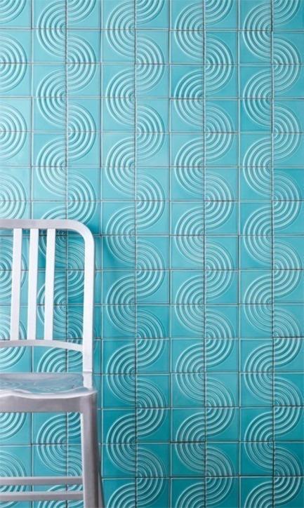Dossier de presse | 3895-01 - Communiqué de presse | Signal Tile - Kristine Morich X Clayhaus Modern Tile - Produit - Signal Tile | Kristine Morich X Clayhaus Modern Tile | Radius Pattern Lifestyle | Lo-res - Crédit photo : Ian Stout