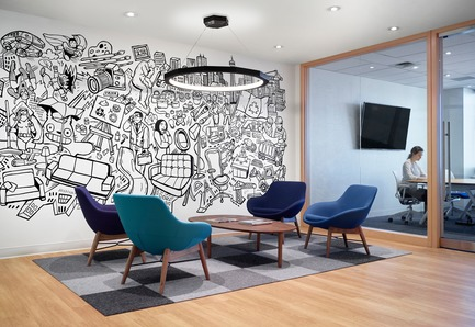 Dossier de presse | 1513-02 - Communiqué de presse | Informa Toronto - Dubbeldam Architecture + Design - Design d'intérieur commercial - An illustrative mural depicting themes from Informa's exhibitions, by Toronto artist Mike Parsons, enlivens the office's reception area.  - Crédit photo : Shai Gil