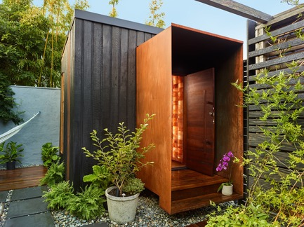 Press kit | 2000-01 - Press release | The WelPod - Circle Wellness Studios - Lifestyle - Exterior WelPod in Vancouver BC offers a private spa circuit reserved through Airbnb for travellers and locals - Photo credit: Martin Knowles