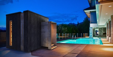 Press kit | 2000-01 - Press release | The WelPod - Circle Wellness Studios - Lifestyle - Exterior WelPod in Vancouver BC offers a private spa circuit reserved through Airbnb for travellers and locals - Photo credit: Paul Hennessey
