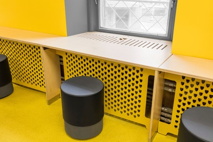 Press kit | 1299-02 - Press release | Collège Sainte-Anne: Planning and Development at the Service of Pedagogy - Taktik design - Commercial Interior Design - integrated piece of furniture - Photo credit: Maxime Brouillet