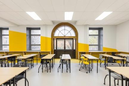 Dossier de presse | 1299-02 - Communiqué de presse | Collège Sainte-Anne: Planning and Development at the Service of Pedagogy - Taktik design - Commercial Interior Design - yellow classroom - 1 - Crédit photo : Maxime Brouillet
