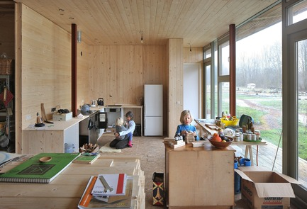 Dossier de presse | 3293-02 - Communiqué de presse | Oosterwold Co-living Complex - bureau SLA & Zakenmaker - Architecture résidentielle - Each interior is different   - Crédit photo : Filip Dujardin