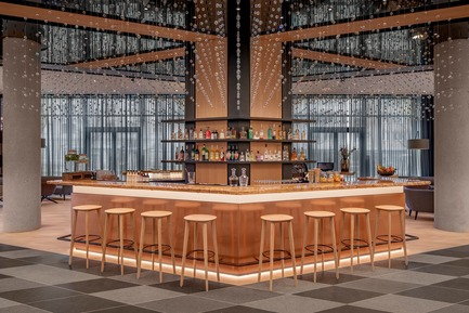 Dossier de presse | 1472-02 - Communiqué de presse | Hotel Andaz - concrete - Commercial Interior Design -  The lobby bar<br>  - Crédit photo : Wouter van der Sar for concrete