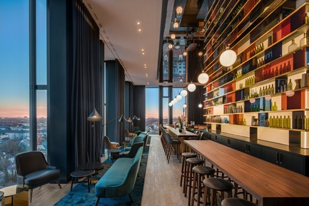 Dossier de presse | 1472-02 - Communiqué de presse | Hotel Andaz - concrete - Commercial Interior Design - M'uniqo bar<br> - Crédit photo : Wouter van der Sar for concrete