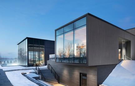 Dossier de presse | 774-10 - Communiqué de presse | L'Ordre des architectes du Québec dévoile les gagnants de ses Prix d'excellence en architecture 2019 - Ordre des architectes du Québec (OAQ) - Concours - StromSpaVieux-Quebec_LEMAYMICHAUD - Crédit photo : Adrien Williams