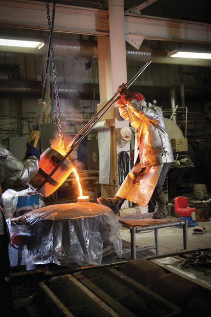 Press kit | 3033-03 - Press release | UAP Purchases Polich Tallix Fine Art Foundry in New York - UAP - Art - Polich Tallix craftsperson pouring bronze  - Photo credit: Polich Tallix