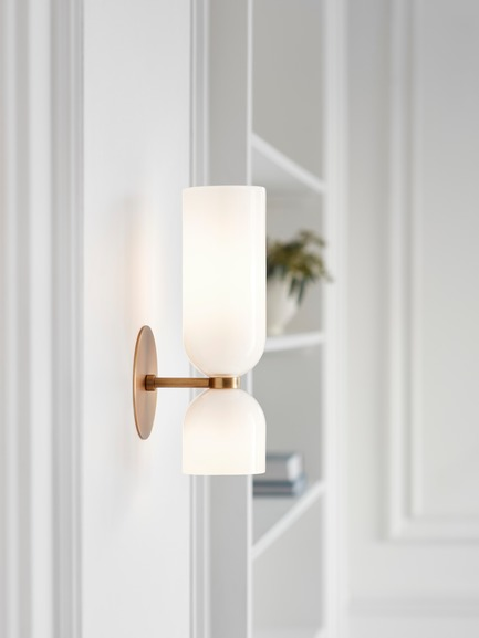 Dossier de presse | 1665-03 - Communiqué de presse | Lightmaker Studio Reimagines the Wall Sconce at ICFF 2019 in New York City - Lightmaker Studio - Design d'éclairage - Edie - Crédit photo : Lisa Petrole