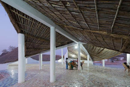 Press kit | 1020-05 - Press release | Des bâtiments du Pérou, du Sénégal et du Chili sont finalistes au Prix international de l'IRAC 2019 - Institut royal d'architecture du Canada (IRAC) - Competition - Thread: Artists' Residence and Cultural Center, Senegal – Toshiko Mori Architect  (New York, USA) - Photo credit: Iwan Baan