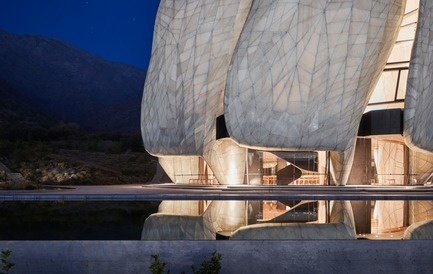Dossier de presse | 907-07 - Communiqué de presse | RAIC Shortlist - Bahá'í Temple of South America - Hariri Pontarini Architects - Concours - Illuminated Temple - Crédit photo : doublespace photography