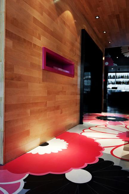 Press kit | 760-05 - Press release | Parfum de démesure Bistro japonais Kinoya - Jean de Lessard, Designers Créatifs - Commercial Interior Design - Photo credit: M David Giral