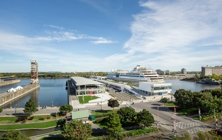 Press kit | 952-27 - Press release | The Port of Montreal's Grand Quay: a new cruise terminal and a promenade on the green esplanade - Provencher_Roy - Urban Design - The Port of Montreal's Grand Quay - Photo credit: Stéphane Brügger