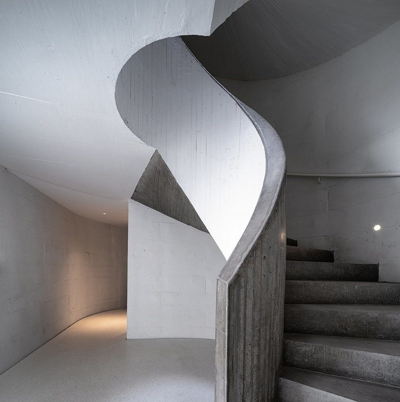 Press kit | 3976-01 - Press release | 2019 AZ Awards Winner: UCCA Dune Art Museum - OPEN Architecture - Institutional Architecture - Spiral Staircase - Photo credit: WU Qingshan