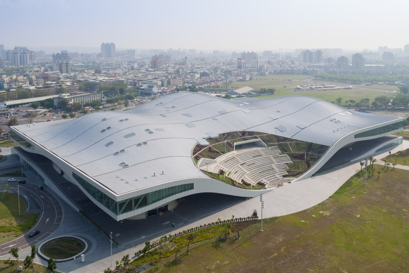 Dossier de presse | 661-53 - Communiqué de presse | World Architecture Festival 2019 Shortlist Heralds a Sustainable Future - World Architecture Festival (WAF) - Concours - National Kaohsiung Centre for the Arts by Mecanoo architecten - Crédit photo : © Iwan Baan