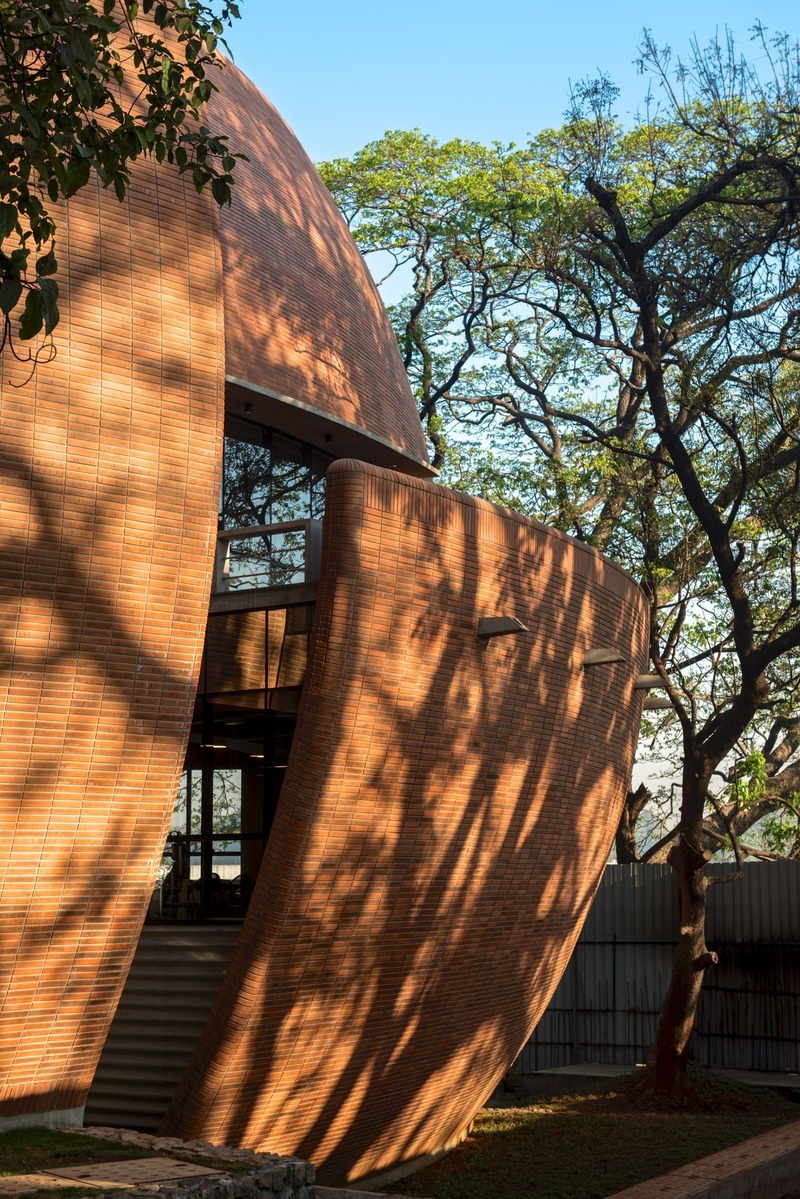 Dossier de presse | 661-53 - Communiqué de presse | World Architecture Festival 2019 Shortlist Heralds a Sustainable Future - World Architecture Festival (WAF) - Concours - Bhau Institute of Innovation, Entrepreneurship &amp; Leadership by Shibanee &amp; Kamal Architects - Crédit photo : <p>© Shibanee &amp; Kamal Architects</p>