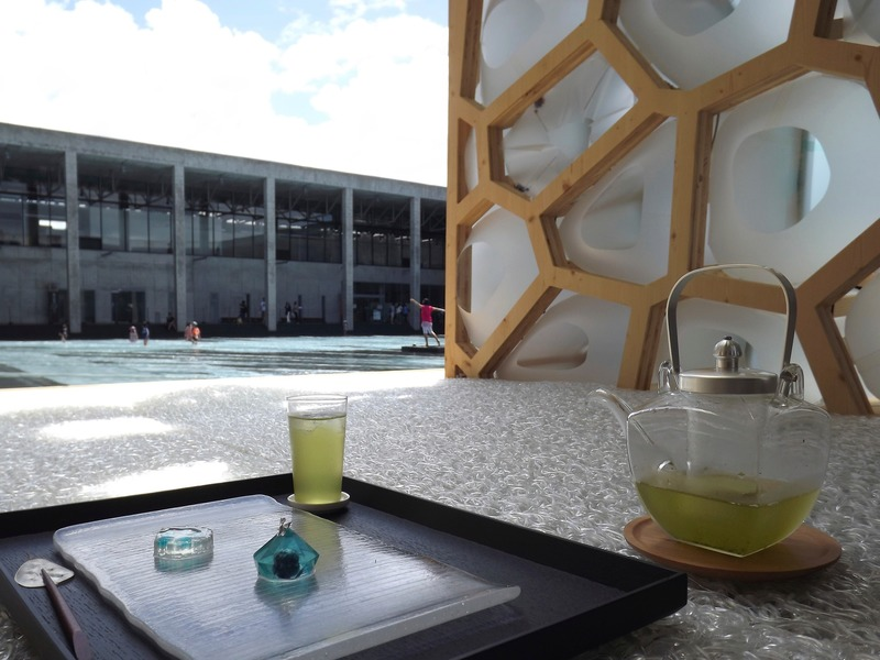 Press kit | 875-04 - Press release | Award-Winning Project:Porous Manifold as a Japanese Tearoom - Ryumei Fujiki + Yukiko Sato / F.A.D.S + Fujiki Studio, KOU::ARC - Event + Exhibition - Japanese Sweets made by Yukiko Sato and Cold Tea - Photo credit: Fujiki Studio