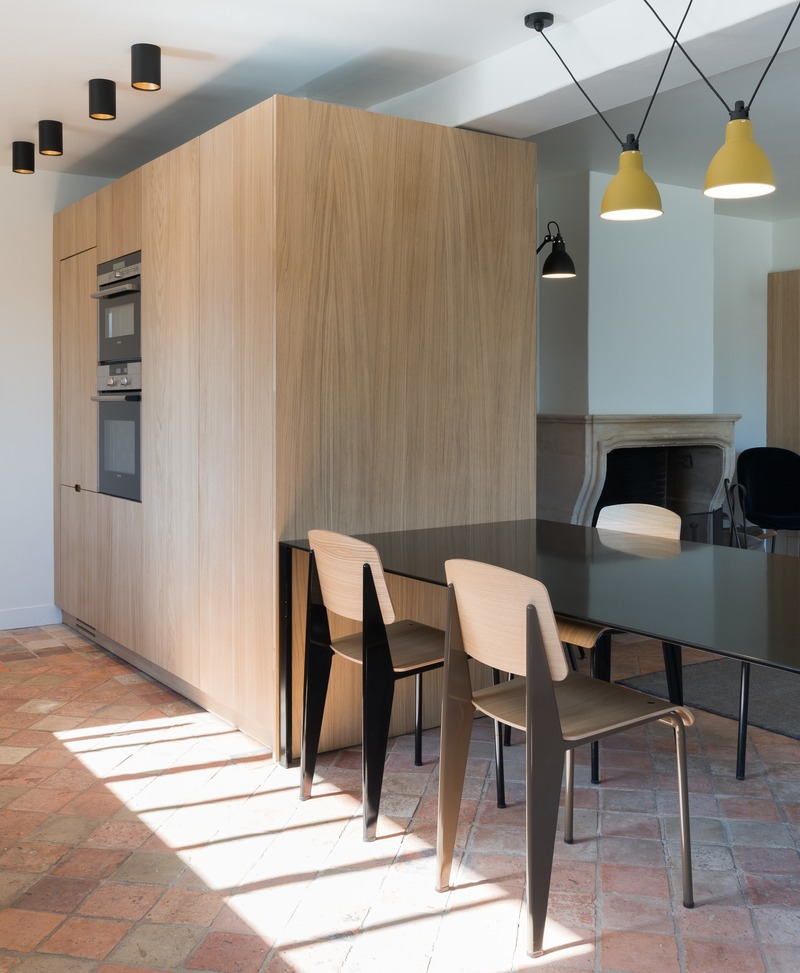 Press kit | 2180-03 - Press release | Seaside House - Martins | Afonso atelier de design - Residential Interior Design - Kitchen - Photo credit: Mickaël Martins Afonso