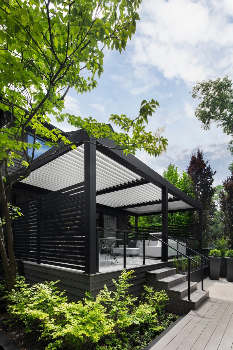 Press kit | 688-06 - Press release | Jardin de Ville Unveils its New Garden Pavilions for Summer 2019 - Jardin de Ville - Industrial Design - Pergola Solicanada - Photo credit:  Adrien Williams