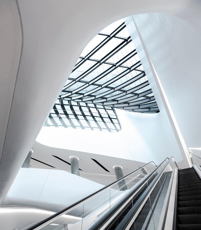 Dossier de presse | 1028-13 - Communiqué de presse | 2019 Shortlist Announced for ABB LEAF Awards - Arena International Group - Architecture industrielle - Generali Tower, Milan, Italy - Crédit photo : ZHA
