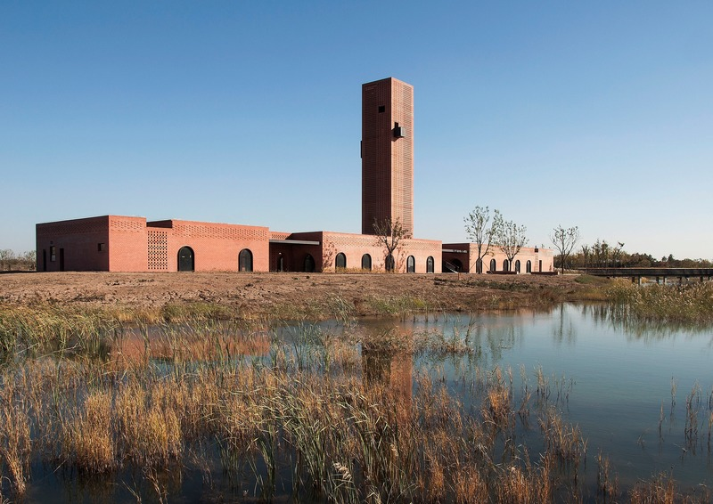 Dossier de presse | 1028-13 - Communiqué de presse | 2019 Shortlist Announced for ABB LEAF Awards - Arena International Group - Architecture industrielle - Tower of Bricks, Hengshui, China - Crédit photo : Interval Architects