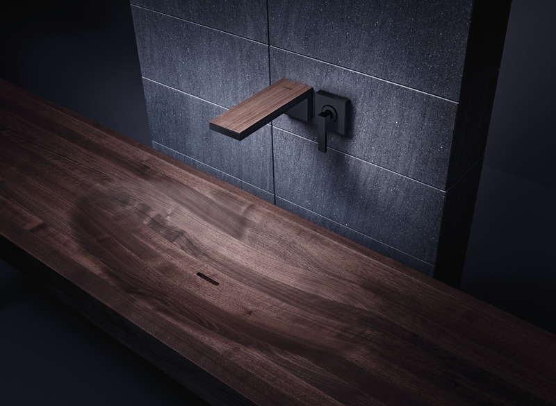 Dossier de presse | 2704-08 - Communiqué de presse | It's time for more colour in the bathroom! - German Sanitary Industry Association / Vereinigung Deutsche Sanitärwirtschaft e.V. [VDS] - Évènement + Exposition - <p>Trend No. 2: Brown - AXOR MyEdition fitting line</p><p><br></p><p>The clear, straightforward design of the AXOR MyEdition fittings line provides customers with a stage for expressing their own personality and creativity. The fittings consist of two parts: the body and the plate. That opens up new scope in terms of brown shades for the washbasin and a cosier feel for the bathroom. </p> - Crédit photo : Axor