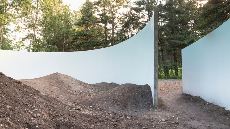 Press kit | 837-33 - Press release | The International Garden Festival Celebrates its 20th Edition - Playgrounds - International Garden Festival / Reford Gardens - Landscape Architecture - Dirt Ground <br>Silvia Bachetti &amp; Agnese Casadio<br>– Bologna, Italy - Photo credit: Jean-Christophe Lemay