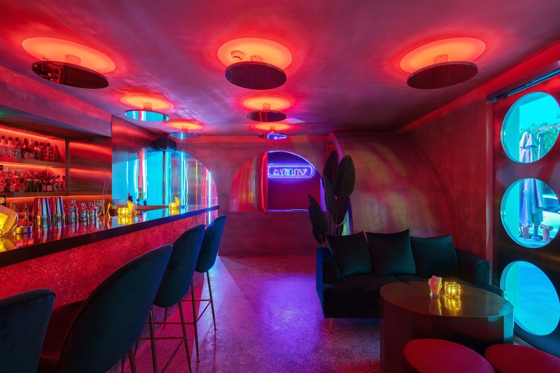 Press kit | 4178-01 - Press release | A Styled Bar in Wuhan Commercial Street - J.H Architecture - Commercial Interior Design - Photo credit: Chen Ming